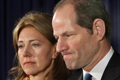 New York Governor Eliot Spitzer addresse