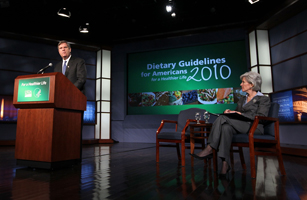 Sebelius And Vilsack Unveil Government's New Dietary Guidelines For Americans
