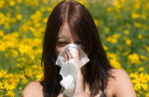 307_spring_allergies_depression