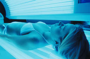 indoor tanning bed booth cancer