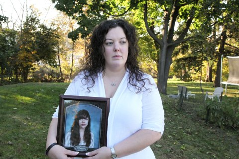 Wendy Crossland with a picture of her daughter, Anais Fournier, who died last year of cardiac arrest, in Hagerstown, Md., Oct. 22, 2012.