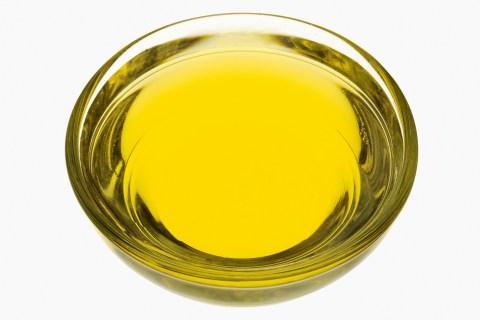 Bowl of safflower oil